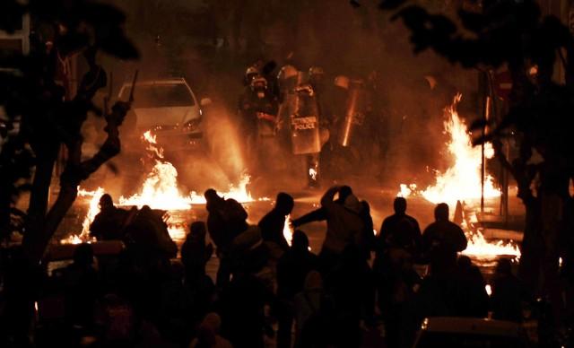 10 Χρόνια απο την κρατική δολοφονία του Αλέξανδρου Γρηγορόπουλου (Θεματική εκπομπή)